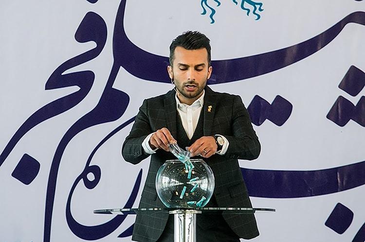 رد مجریگری برنامه نود توسط محمدحسین میثاقی