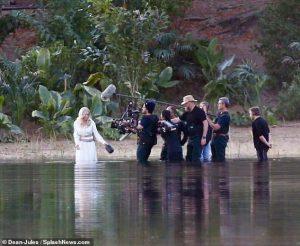 بازی آنجلینا جولی در فیلم اترنالز