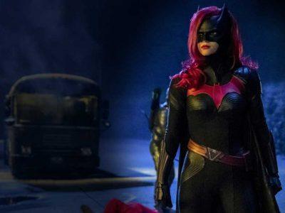 تصاویر و پوستر سریال بت وومن - Batwoman با بازی روبی رز