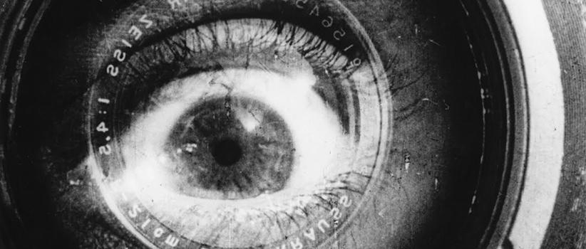 فیلم Man with a Movie Camera محصول روسیه کارگردان:Dziga Vertov سال ساخت:۱۹۲۹