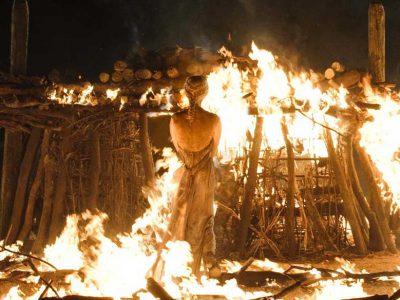 قسمت چهارم فصل هشتم گیم آف ترونز - Game of Thrones و علاقه کیت هرینگتون (جان اسنو) به آن