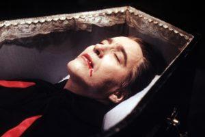 فیلم خون آشامی تابوت دراکولا – Dracula's Coffin