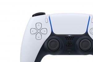 طراحی رنگی Two-tone و تغییر مکان نوار رنگی در دسته DualSense